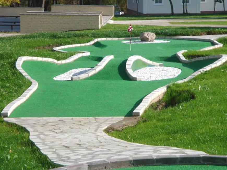 мини-гольф.jpg